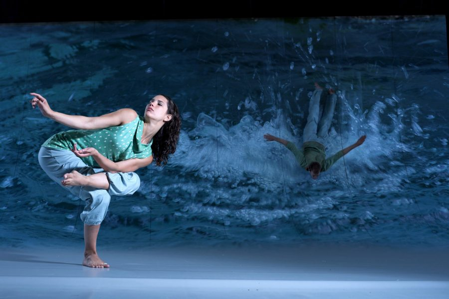 Water+and+dance+come+together+for+Motionhouse+Scattered