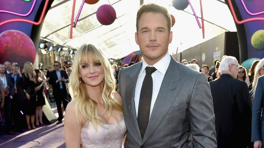 HOLLYWOOD, CA - APRIL 19:  Actors Anna Faris (L) and Chris Pratt at the premiere of Disney and Marvel's