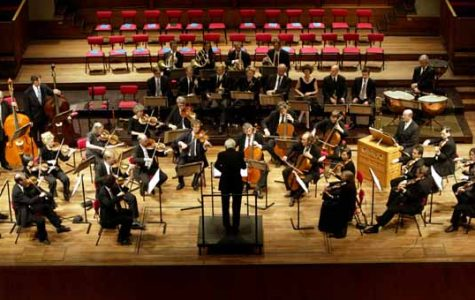 Utrecht. 21-05-2002. Achtiende Eeuwse Orkest olv dirigent Frans BrŸggen in MC Vredenburg.  Foto: Vincent Boon ©   Orchestra of the Eighteenth Century, May 21 2002, Utrecht, The Netherlands. Photo by : Vincent Boon  © vboon@planet.nl +31651390766